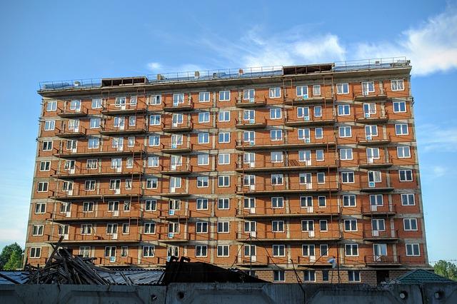 stavba paneláku