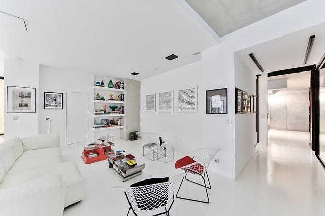 skandinávský styl bílé místnosti